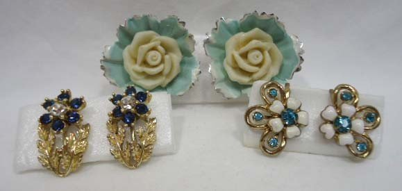 23: Huge Coro Floral Jewelry Lot - 2