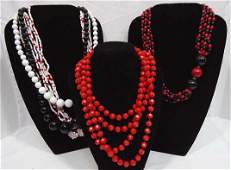 368: Glass & Lucite Beaded Necklace Lot