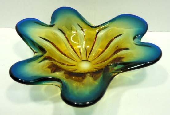 10: Murano Glass Bowl