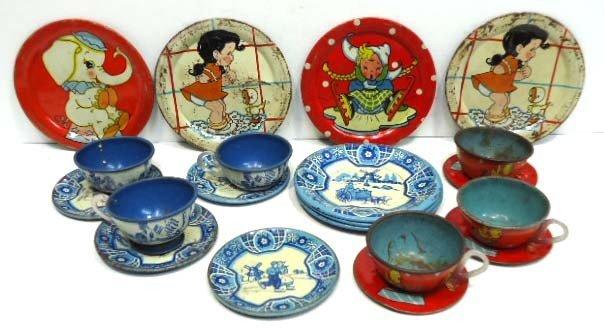 11: 19 pc. Tin Litho Child's Dishes