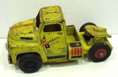 19: Wyandotte Trucking Toy Truck