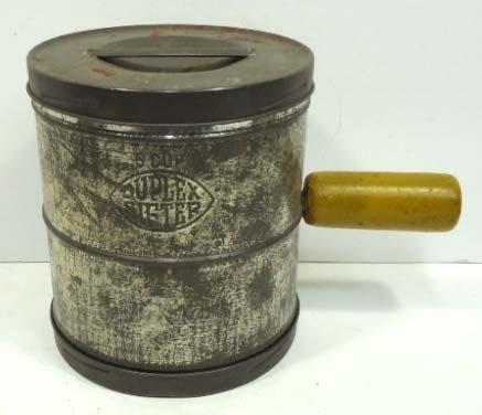 53: Duplex 5 Cup Flour Sifter