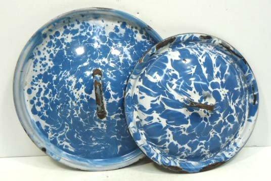 55: 2 Blue Granite Lids