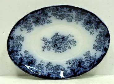 13: Flow Blue Platter