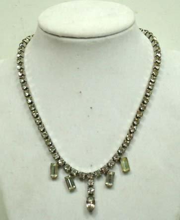 40A: Vintage Rhinestone Necklace
