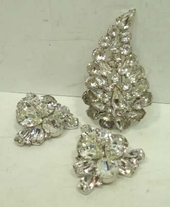 4: Vtg. Weiss Stacked Rhinstone. Brooch & Earrings