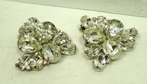 4: Vtg. Weiss Stacked Rhinstone. Brooch & Earrings - 5