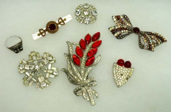 82: Antique Pave, Rhine, Brooches, Ring