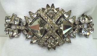 86: Stunning Vtg. Rhin. Bracelet