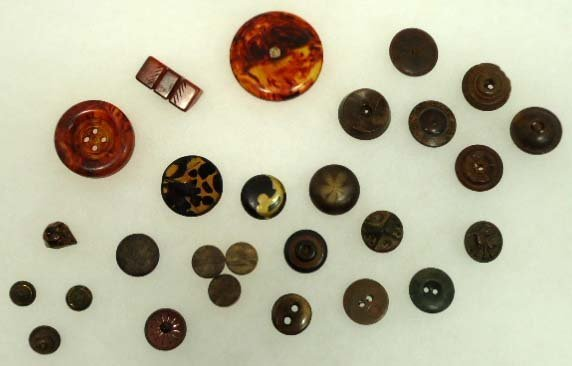 155: Unusual Vtg. Buttons
