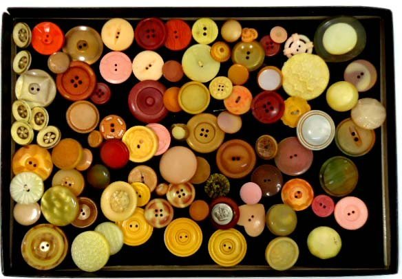 194: Lrg. Vtg. Lot Antique Buttons