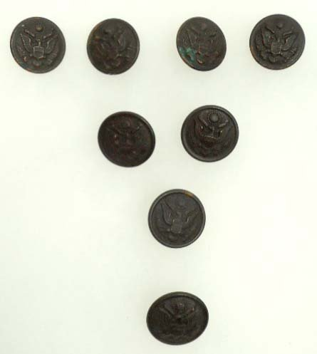 211: 8 Antiq. Civil War WWI & II Buttons