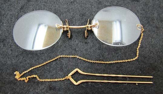 Vict. Gold spectacles w/ Gold Hair Comb