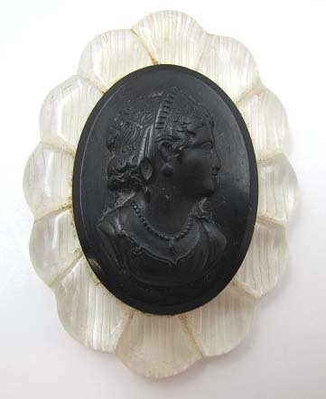Vict Mourning Dress Pin