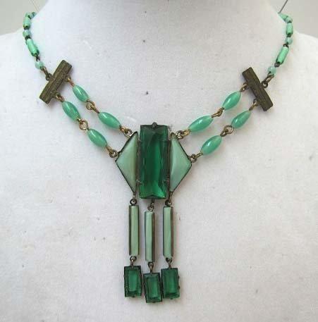 Vtg Art Deco Green Glass & Brass Necklace