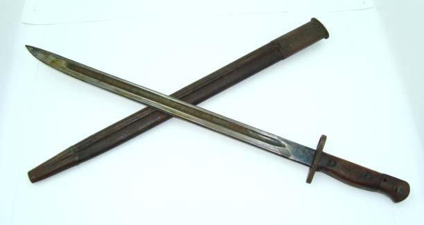 13: WW1 Bayonet & Scabbard