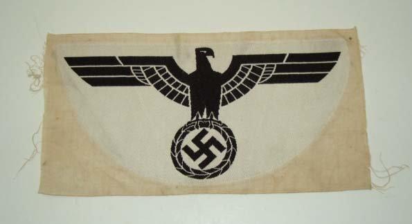 15: Nazi Sports Shirt Insignia