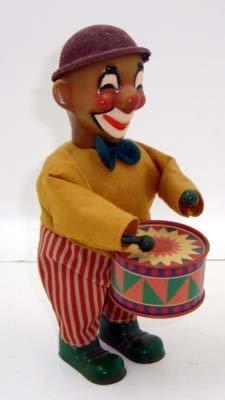 15B: Key Wind Clown Drummer
