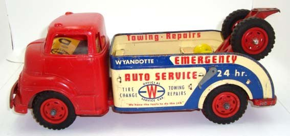 15D: Wyandotte Emergency Service Truck