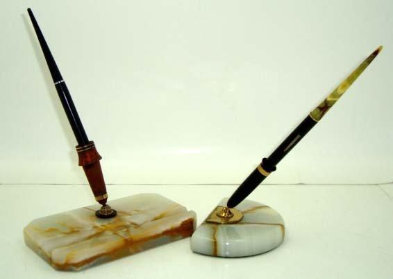 16: 2 Marble Pen Holders