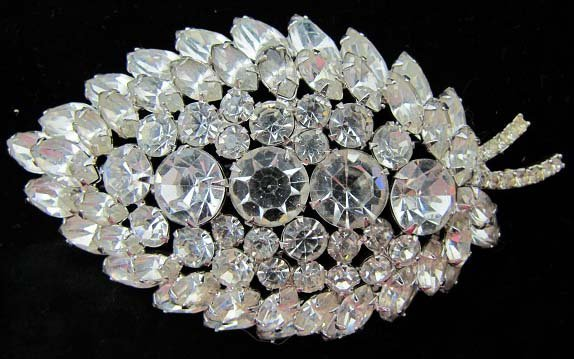11: Huge Unsgnd Vtg Clear Rhin. Tiered Brooch