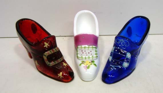 5: 3 Fenton Glass Shoes
