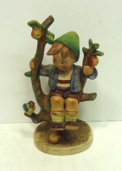 "25: Hummel ""Apple Tree Boy"""