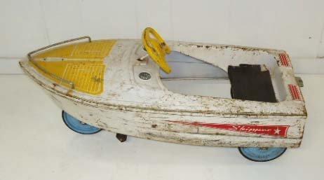 211: Skipper Pedal Boat