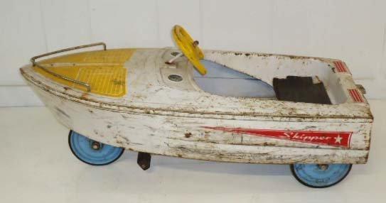 211: Skipper Pedal Boat - 2