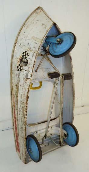 211: Skipper Pedal Boat - 8
