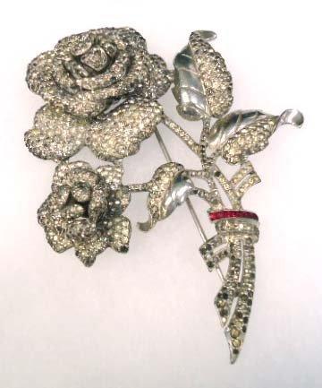 """Fabulous Victorian 4"""" Flower Brooch"""
