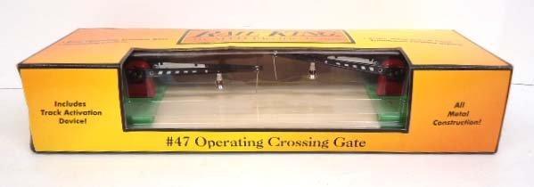 Rail King Operating Crossing Gate