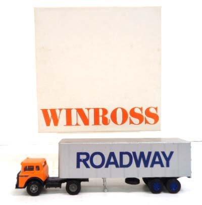 1996 Winross Die Cast Roadway Truck