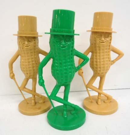 3 Mr. Peanut Banks