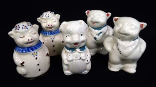 5 Smiley Pig Salt & Peppers