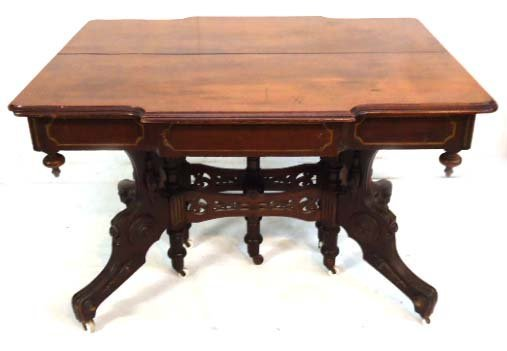 Walnut Vict. Table