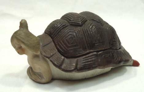 Vict. Porcelain Turtle Bathing Beauty