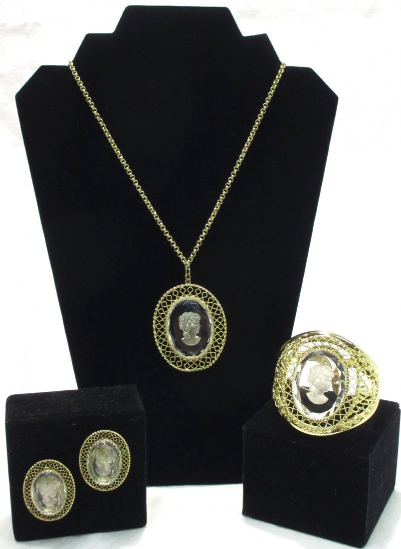 Lovely Whiting & Davis Ghost Intaglio 3pc Set