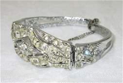 Beautiful Art Deco Rhin. Hinged Bracelet