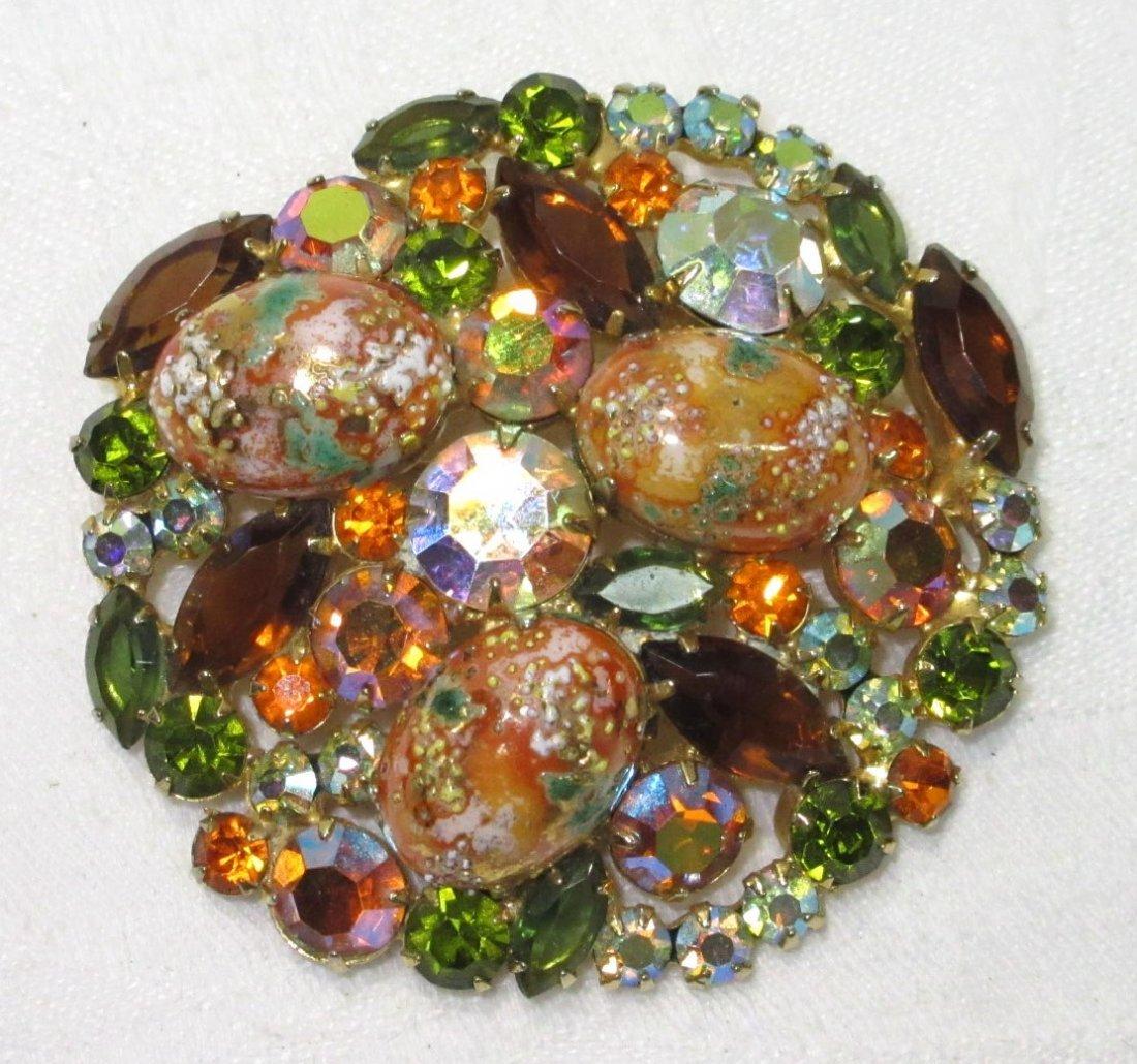 1963 Lavish D&E Juliana Easter Egg Book Pc Pin