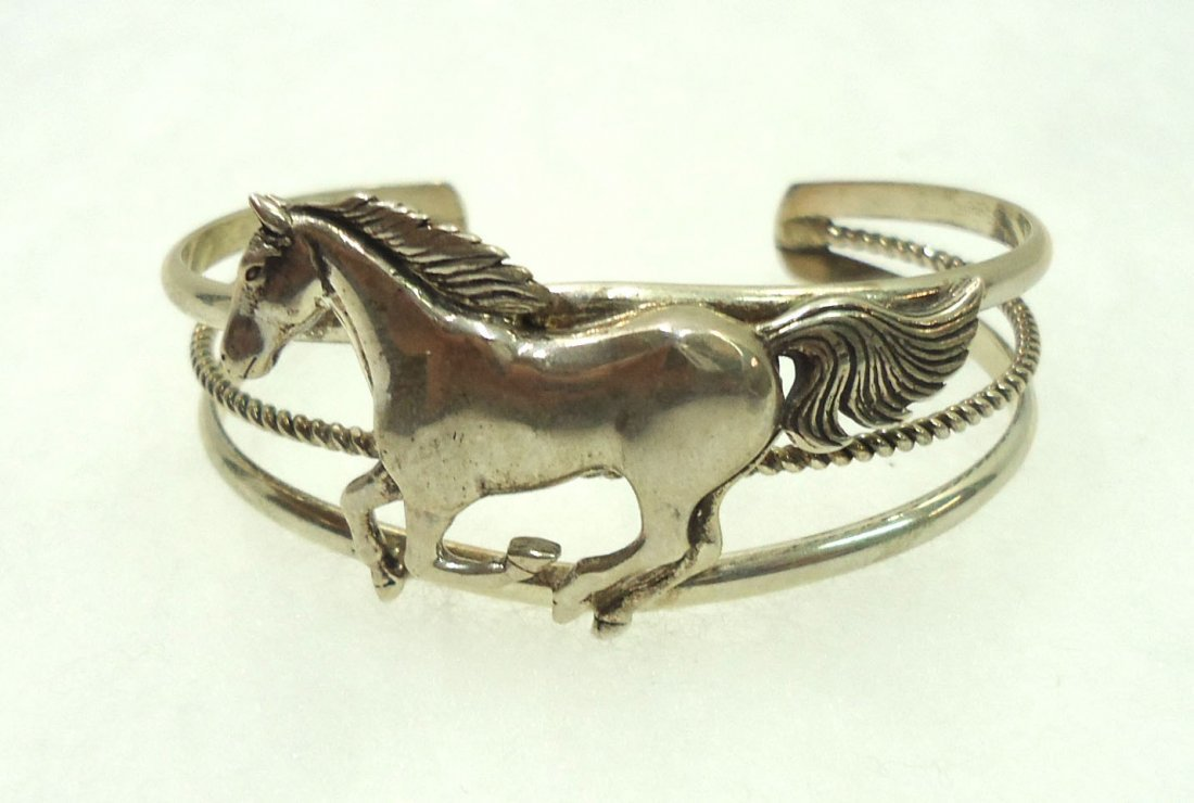 Navajo Sterling Horse Bracelet - 2
