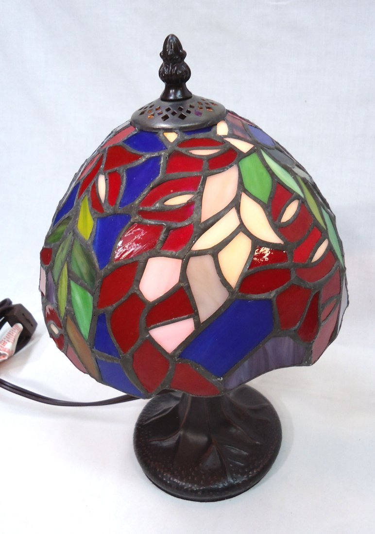 Leaded Glass Boudoir Lamp - 2