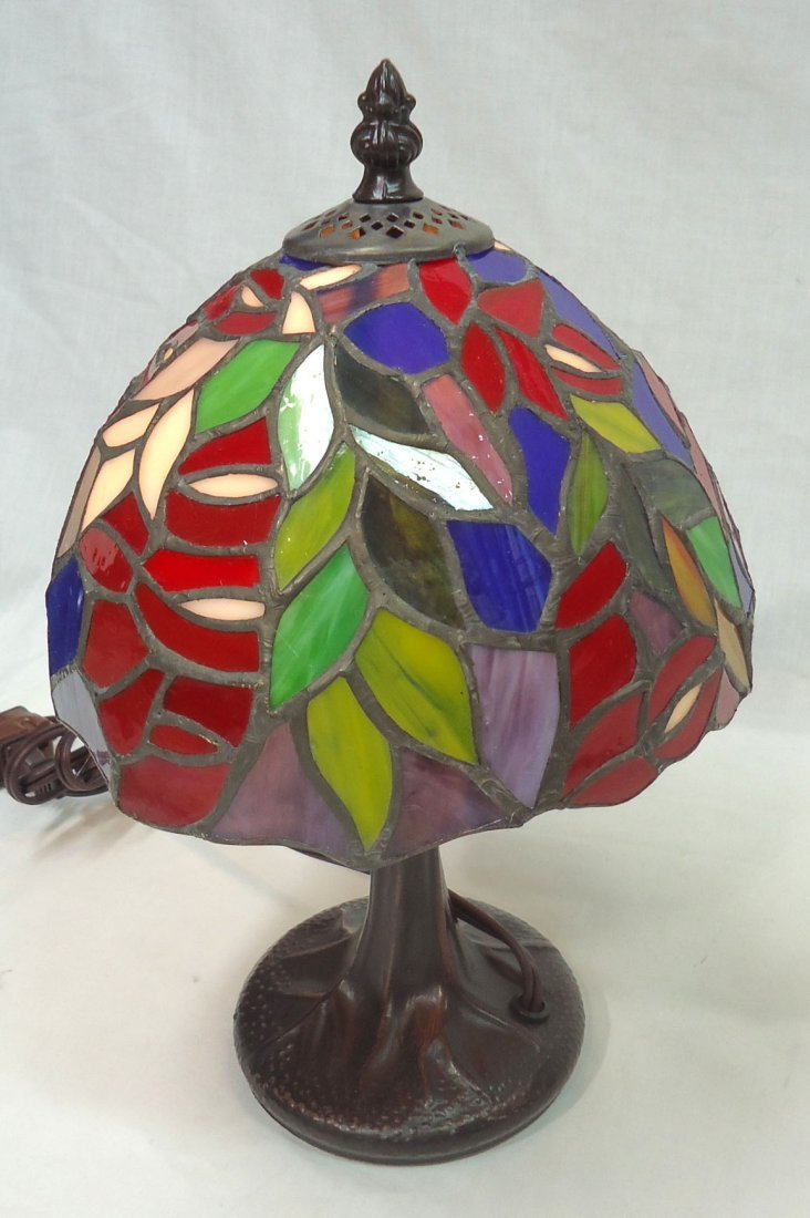 Leaded Glass Boudoir Lamp - 3