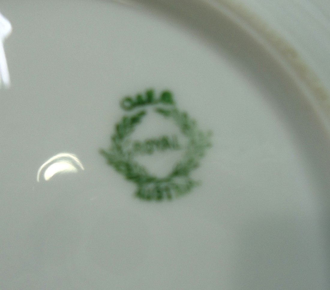 H.P. Austria Butter Dish w/ Drainer - 5