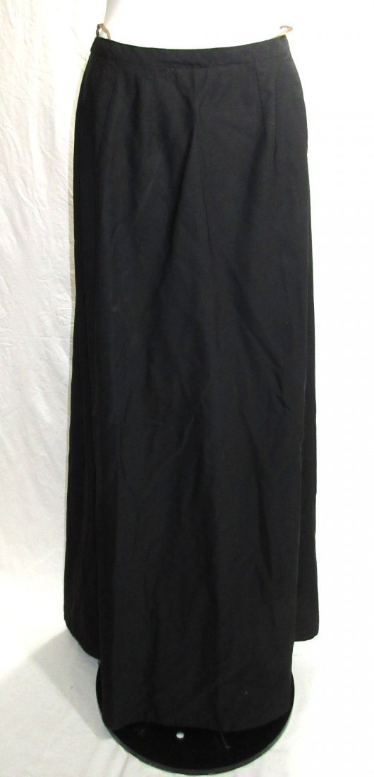 3 Pc. Black Victorian Mourning Dress - 10