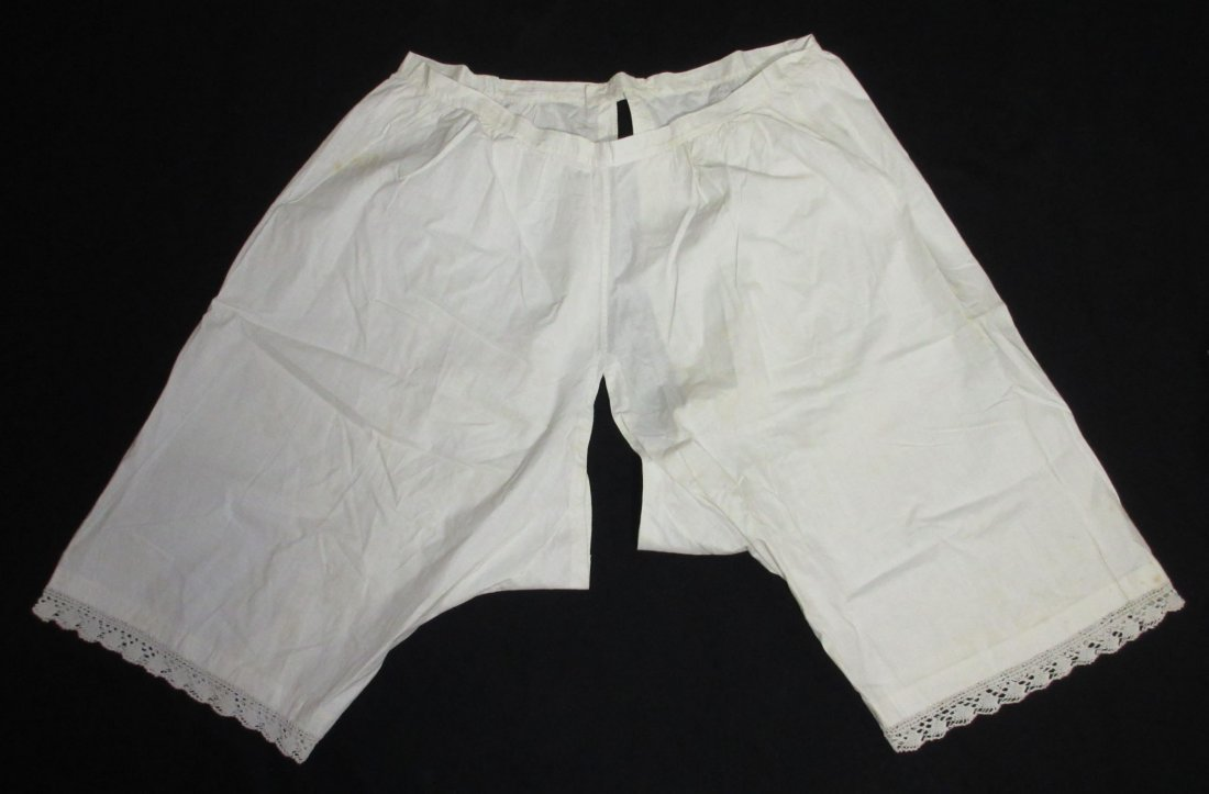 3 Pairs of Victorian Ladies Open Crotch Drawers - 2