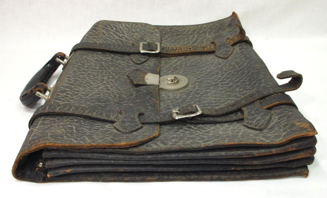 Great 1920's Leather Men's Brief Case - 4