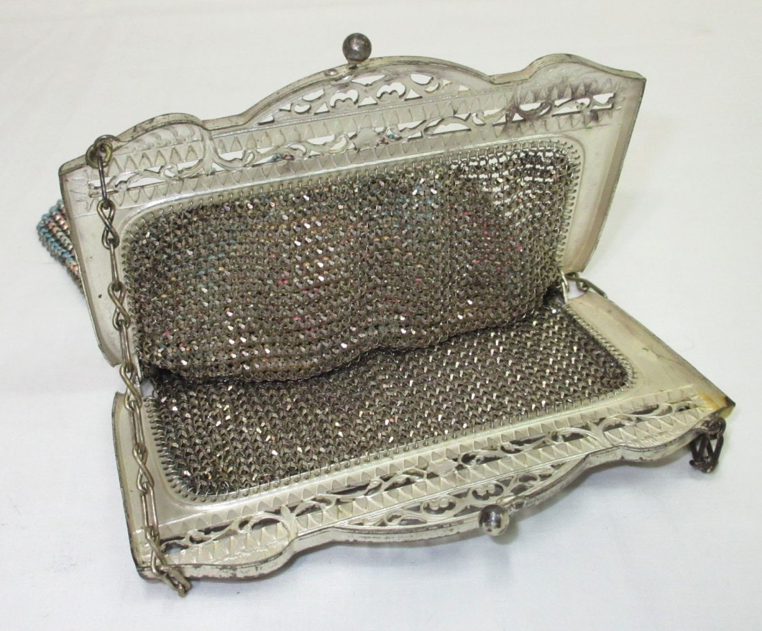 Pastel Enameled Beadlite 1930's Bag - 4