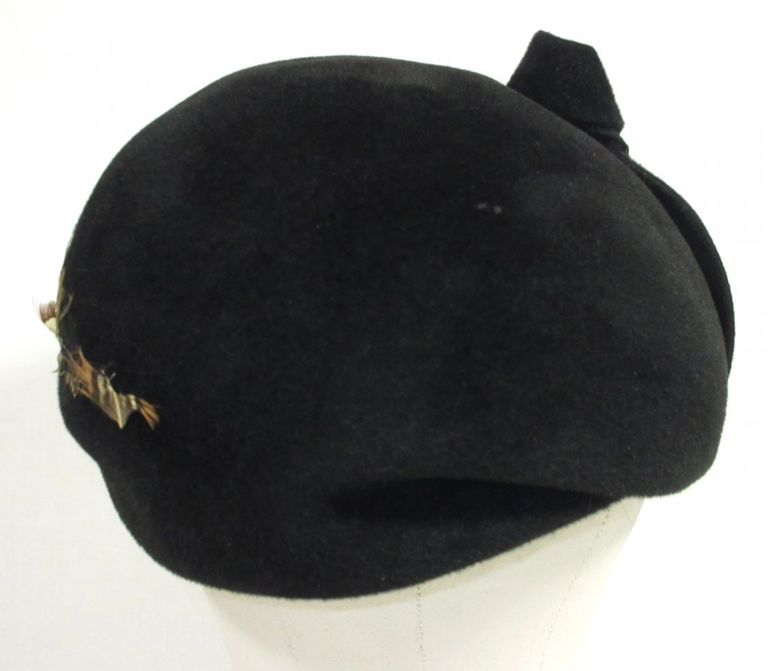 40's Black Wool Felt Beret with Pheasant Feathers - 4