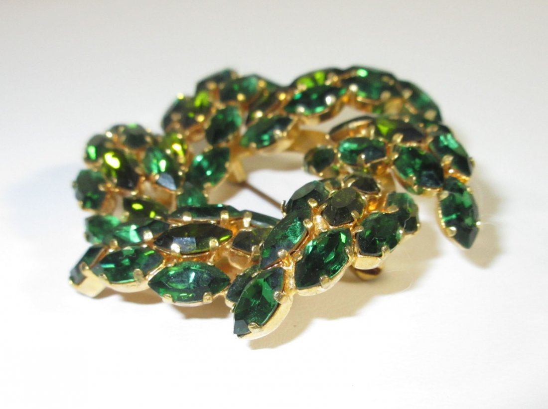 Stunning Austrian Emerald Glass Brooch - 3